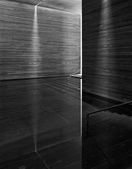 Hélène Binet - Therme Vals Triptychon C (Architecture by Peter Zumthor), courtesy ammann//gallery